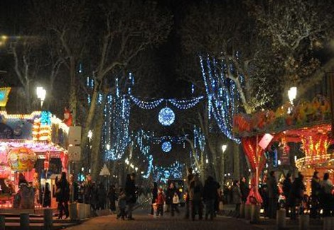 Special offers for christmas and new year in france french connections for Decoration rocaille aixen provence