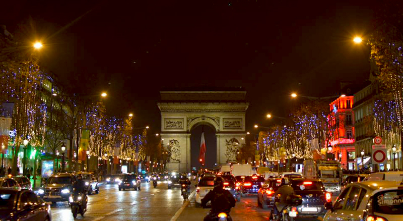 Christmas In French.Ten Things To Do In Paris At Christmas French Connections