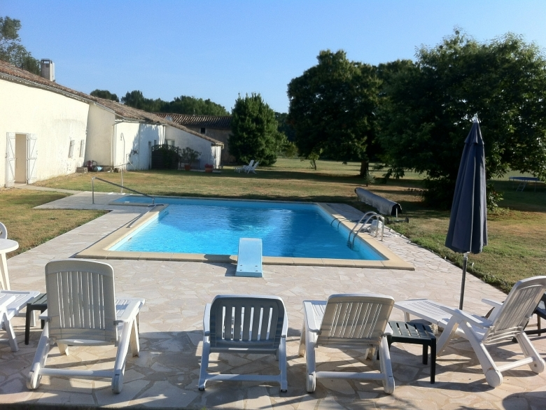The Cottage At Le Manoir   Cottage Holiday Rental, In St Sigismond De  Clermont, Charente Maritime, France