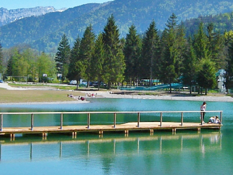 Lovely local lake for swimming and relaxation 15 32