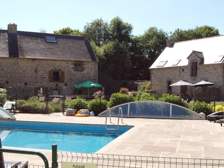 Gite Raphael, 2 Bedrooms   Gîte Holiday Rental, In Josselin, Morbihan,  France